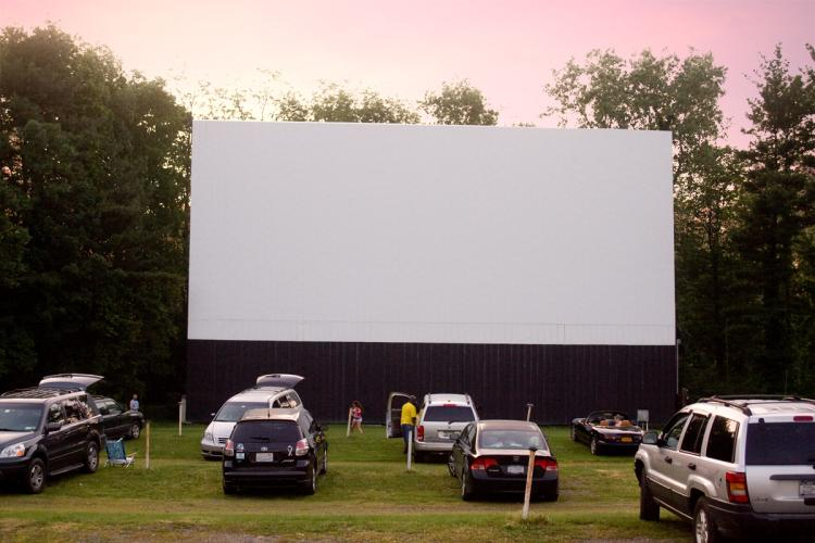 Overlook Drive In Theatre Family Fun And Owned Since 1955